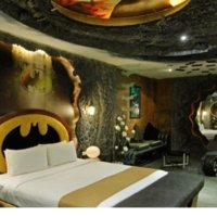 2012-11-27 Batman suite.jpg